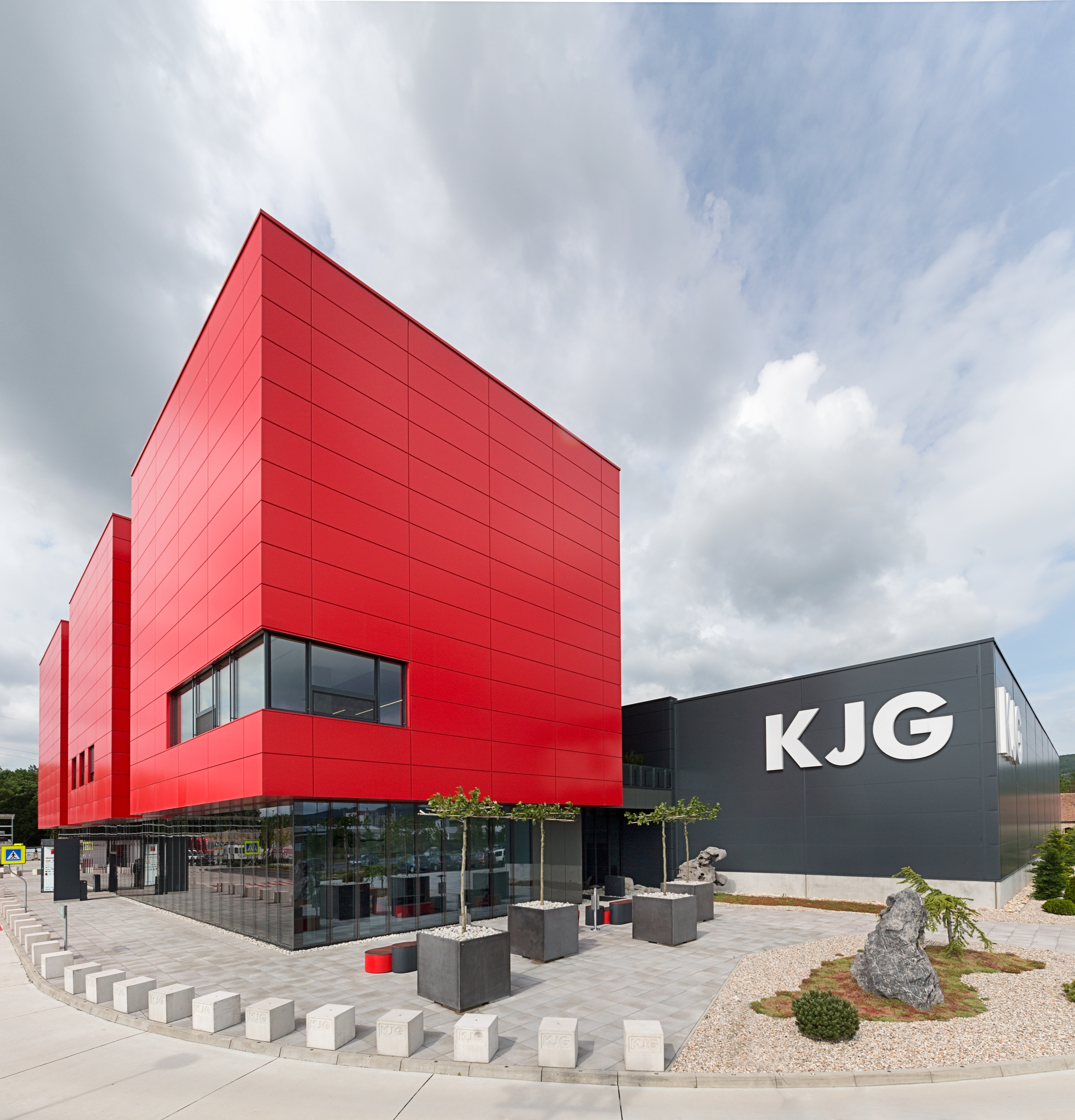 KJG business center